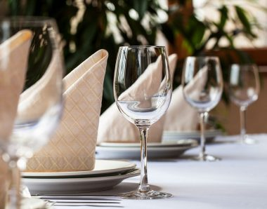 Spotless linens for your restaurant tables